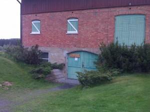 Kontoret til Historielaget finner du innenfor denne døren.